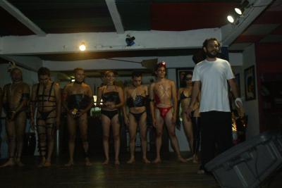 Performance en La Luna, exposición SADO