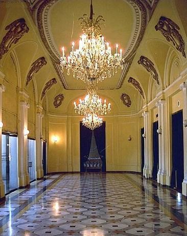 Teatro Nacional: sin fecha de apertura